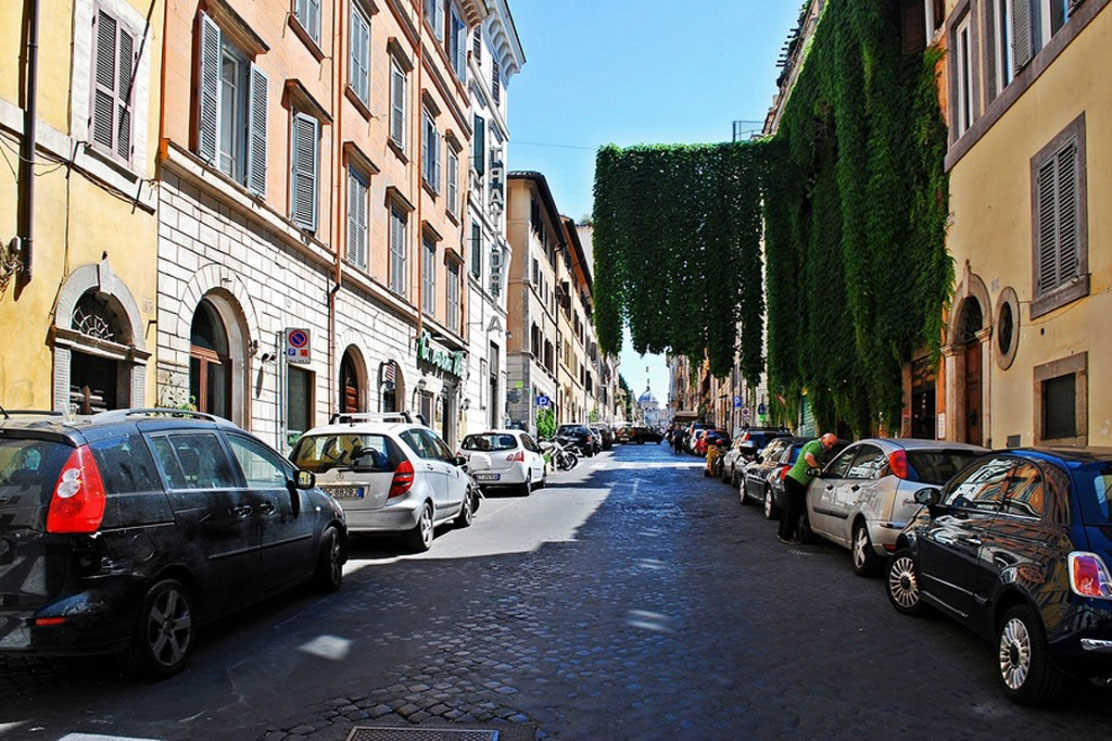 Street parking in Rome, Italy
